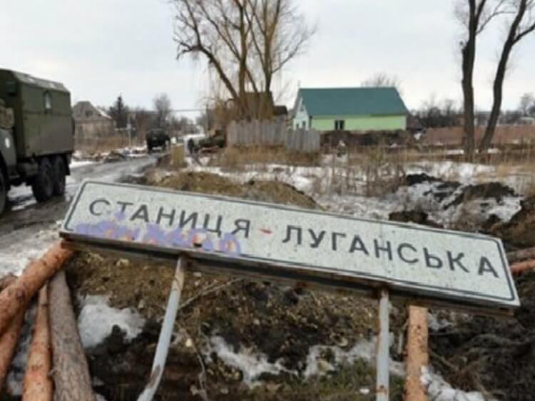 «Слід навчитися поважати кожного громадянина, живий він чи загиблий» – українці вимагають реальні списки загиблих на війні
